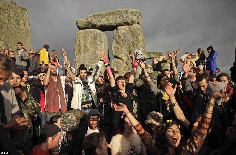 Pagans   Stonehenge Stone Circle News and Information   Page 3