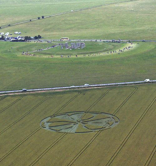 Stonehenge Crop Circle July 2011