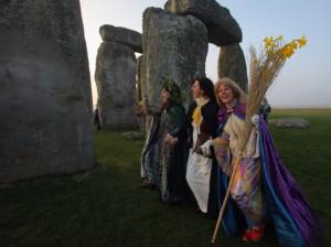 autumn-equinox-stonehenge