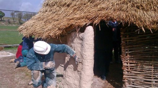 The project aims to recreate the buildings which may have existed in Neolithic times