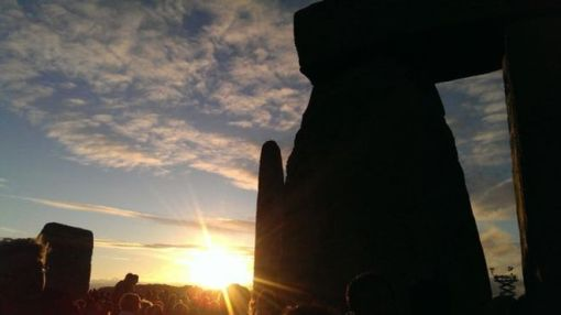 Stonehenge steward Tim Daw said his pictures of the midsummer solstice sunset on 20 June 2015 showed how it aligned to the tallest stone