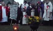 Stonehenge-Equinox-Solstice-open-access-pilgrims (103)