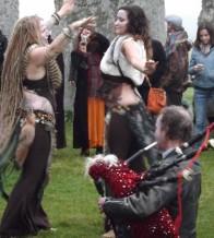 Stonehenge-Equinox-Solstice-open-access-pilgrims (105)