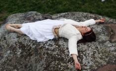 Stonehenge-Equinox-Solstice-open-access-pilgrims (111)