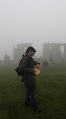 Stonehenge-Equinox-Solstice-open-access-pilgrims (120)