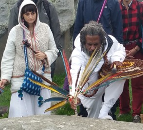 Stonehenge-Equinox-Solstice-open-access-pilgrims (130)