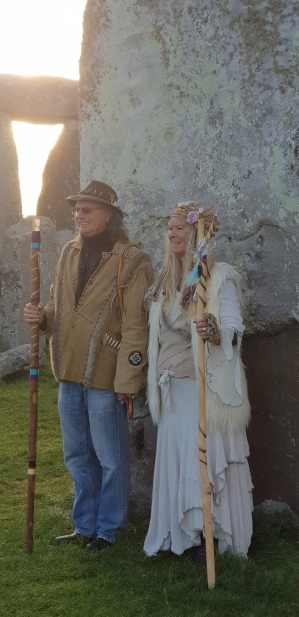 Stonehenge-Equinox-Solstice-open-access-pilgrims (144)
