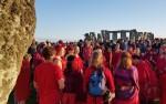 Stonehenge-Equinox-Solstice-open-access-pilgrims (26)