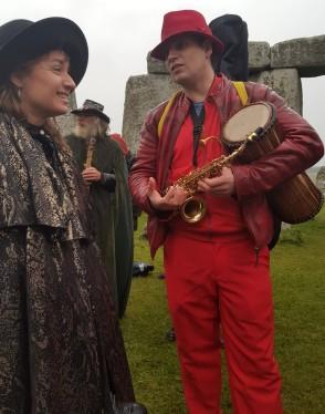 Stonehenge-Equinox-Solstice-open-access-pilgrims (36)