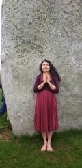 Stonehenge-Equinox-Solstice-open-access-pilgrims (47)