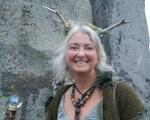 Stonehenge-Equinox-Solstice-open-access-pilgrims (5)