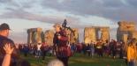 Stonehenge-Equinox-Solstice-open-access-pilgrims (54)
