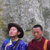 Stonehenge-Equinox-Solstice-open-access-pilgrims (72)