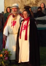 Stonehenge-Equinox-Solstice-open-access-pilgrims (95)